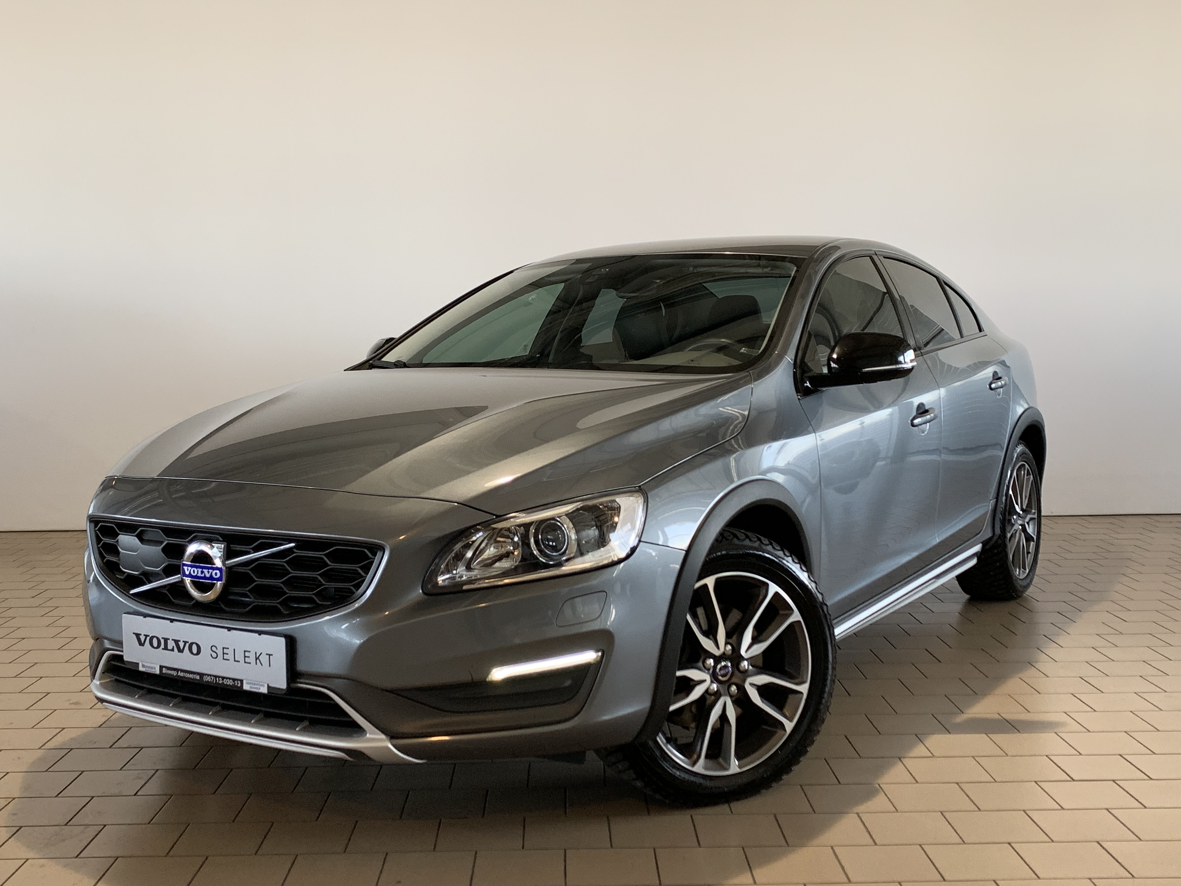 2015 S60 Cross Country Inscription